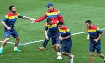 Romania chỉ thủ tốt trước các đội yếu