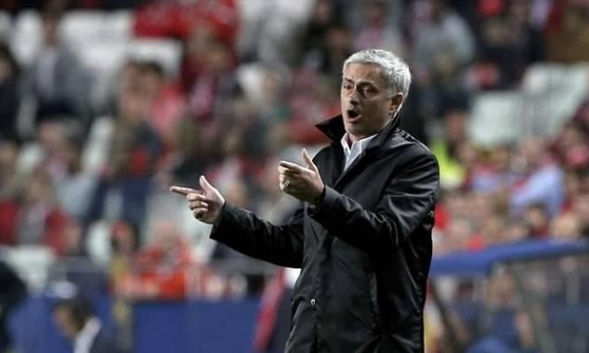 Mourinho: Lỗi của tôi là thành công quá!