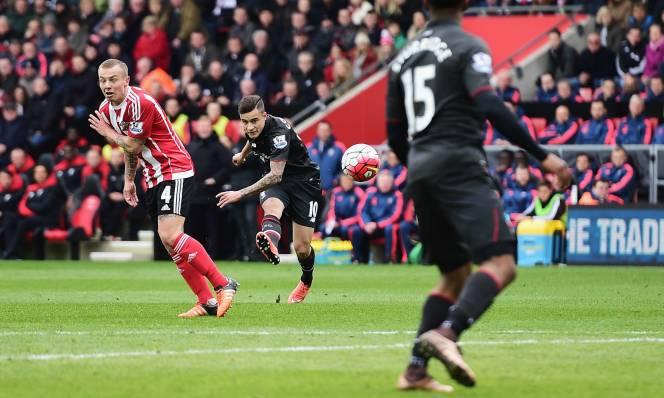 Southampton vs Liverpool, 22h00 ngày 19/11: Klopp tìm nhịp cầu