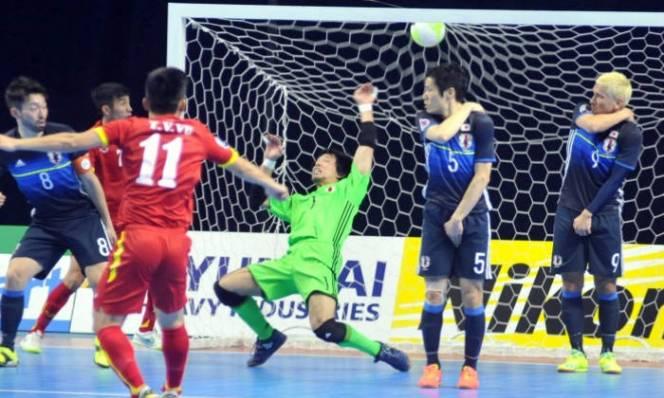 Ngả mũ trước tinh thần fair play từ futsal Nhật
