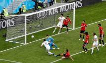 Luis Suárez đã bỏ lỡ ba cơ hội có thể ghi bàn cho đội tuyển Uruguay
