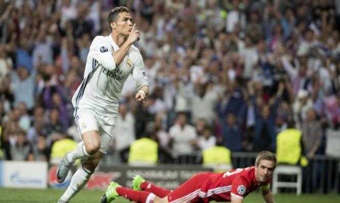 Vì sao Ronaldo xứng đáng đoạt Quả bóng Vàng?