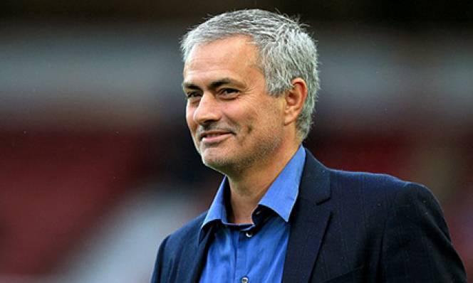 Mourinho nói gì sao sau khi MU vùi dập Leicester?