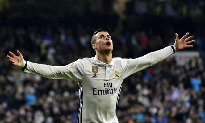 SỐC: CR7 dính nghi án chửi rủa CĐV Real Madrid