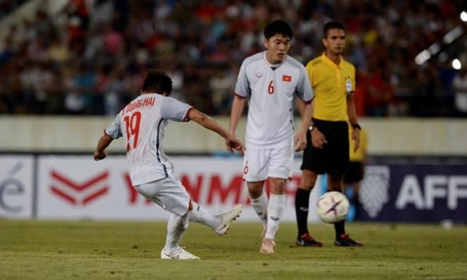 Ghi bàn giúp Việt Nam thắng đậm, Quang Hải vẫn thừa nhận Lào khó chơi