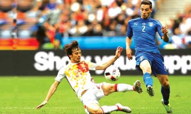 Từ bóng tối, Italia đã tìm lại được De Sciglio