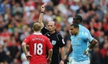 Bạn sẽ sốc nặng khi biết Sir Alex nói gì khi Scholes bị đuổi khỏi sân