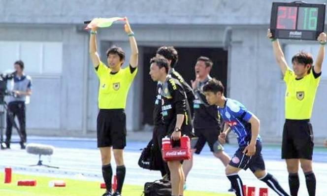 Công Phượng lại được ra sân, Tuấn Anh vẫn ngồi ngoài tại Nhật