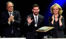 Messi nhận giải thưởng cống hiến cho xứ Catalan, sau huyền thoại Cruyff