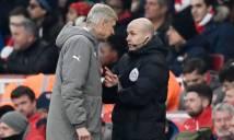 Đẩy trọng tài, Wenger đối mặt án phạt nặng