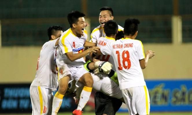 HLV Hoàng Anh Tuấn lên danh sách tập trung ĐT U19 Việt Nam