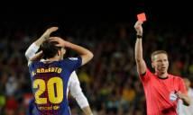 Đánh nguội đối thủ, sao Barcelona nhận án phạt nặng