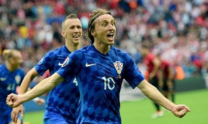 Modric vẫn chưa hài lòng sau khi ghi siêu phẩm