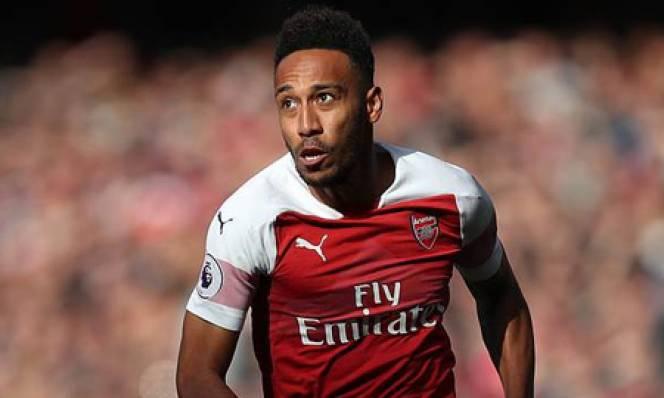 Arsenal chỉ kém M.U về khoản thu từ nhà tài trợ