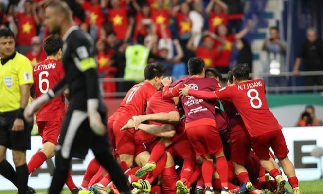 ĐT Việt Nam từng thắng UAE gây chấn động: Người hùng là ai, kỳ tích có lặp lại?