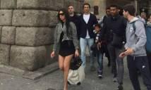 Bạn gái Ronaldo bị ném đá vì Sexy khi đi chùa