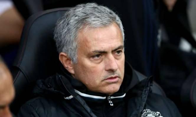 Mourinho tiếp tục thiết lập kỷ lục 'tệ siêu tưởng' tại MU