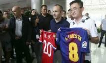 """Iniesta bắt đầu """"quái"""""""
