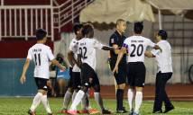 Trò hề V-League bị báo nước ngoài châm biếm dữ dội