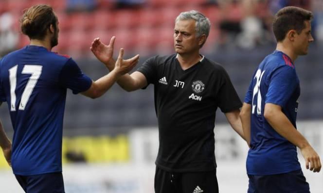 Cầu thủ đầu tiên bị Mourinho gạch tên cho trận Southampton