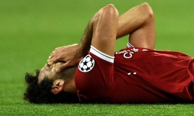 NÓNG: Chấn thương của Salah không nghiêm trọng