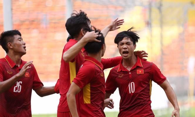U22 Việt Nam 4-1 U22 Campuchia: Nút thắt Công Phượng & siêu phẩm