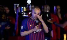 Iniesta khóc nức nở trong trận đấu cuối cùng tại Barca