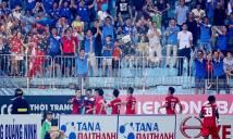 AFC tước quyền đá sân nhà của 2 CLB Việt Nam