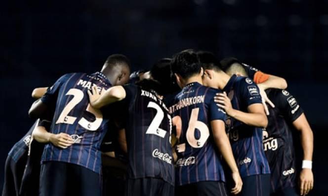 Xuân Trường mắc lỗi trong trận ra mắt Buriram United