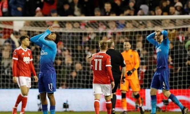 Wenger cảm thấy đau đớn sau trận thua thảm Nottingham
