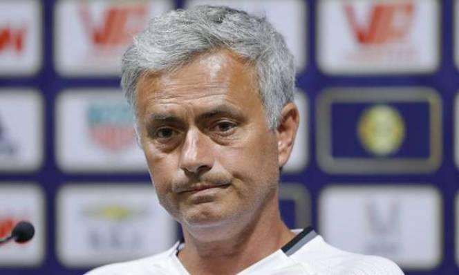 Mourinho nói gì về lịch thi đấu của Man Utd?