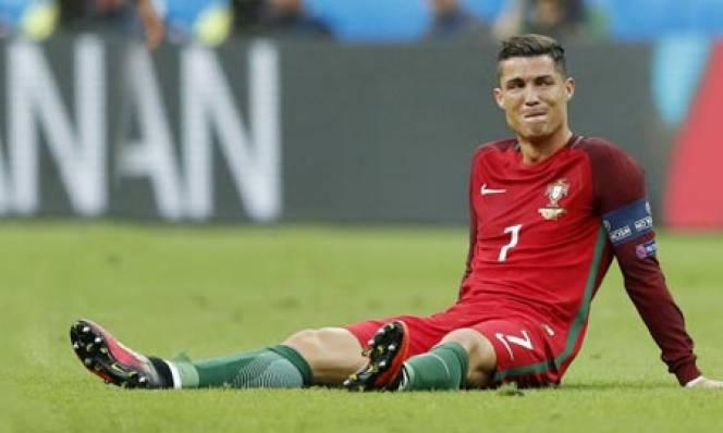 Ronaldo năm 2016: Khúc tráng ca từ tấn bi kịch